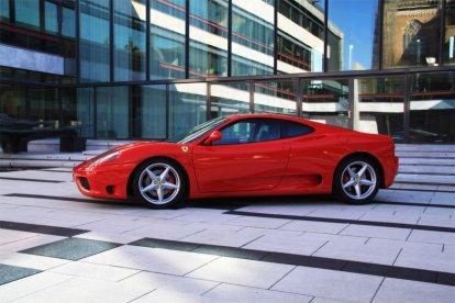 Maar liefst twee keer in een Ferrari rijden