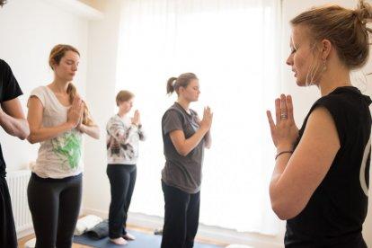 3 yogalessen naar keuze