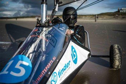 Blokarting: racen over het strand