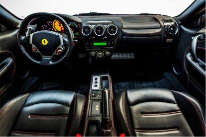 Rijd zelf in de Ferrari F430