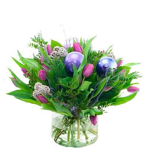 Kerstboeket paarse tulpen