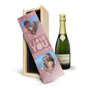 Hét perfecte Cadeau -  Champagne in bedrukte kist – René Schloesser (750ml)