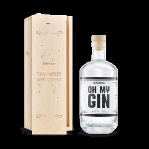 Hét perfecte Cadeau -  YourSurprise gin in gegraveerde kist