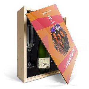 Hét perfecte Cadeau -  Champagnepakket met glazen – René Schloesser (750ml) – Bedrukte deksel