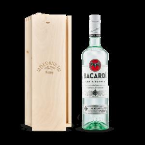 Hét perfecte Cadeau -  Rum in gegraveerde kist – Bacardi